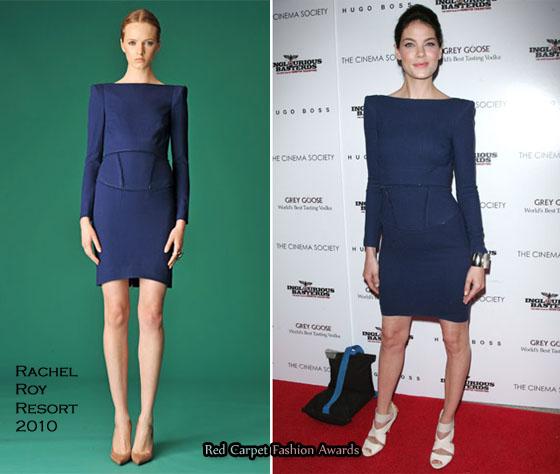 3ddab3d339026 Lacivert saten elbisenin altına ne renk ayakkabı giyebilirim ...