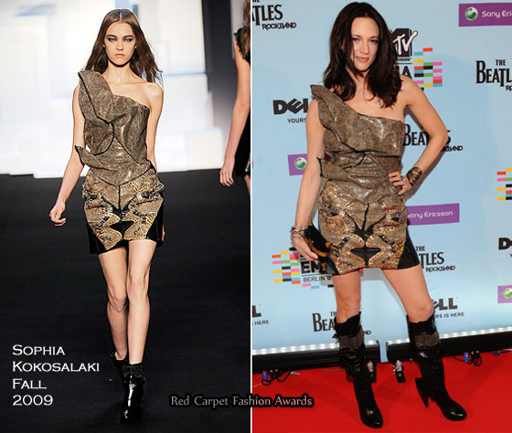 Asia Argento - Red Carpet Fashion Awards-8152