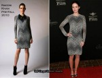 Runway To Virtuoso Awards - Emily Blunt In Naeem Khan