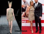 """The Bounty Hunter"" Berlin Premiere - Jennifer Aniston In Valentino Couture"