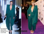 Runway To 2010 Echo Awards - Rihanna In Alexandre Vauthier