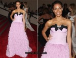 2010 Met Costume Institute Gala – Rosario Dawson In Giambattista Valli