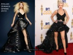 2010 MTV Movie Awards - Christina Aguilera In Atelier Versace