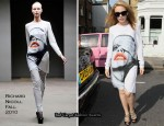 Runway To Sidewalk - Kylie Minogue In Richard Nicoll