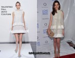 "Anne Hathaway In Valentino Couture - ""Love & Other Drugs"" New York Premiere"