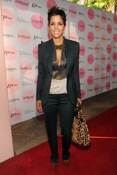 Halle Berry In Dolce Amp Gabbana Hollywood Reporter S