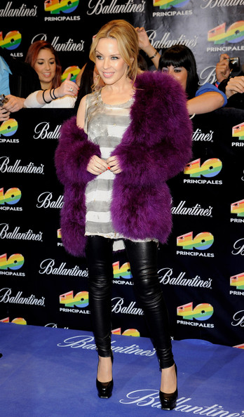 Kylie Minogue In Balmain 40 Principales Awards 2010
