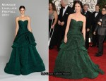 Catherine Zeta-Jones In Monique Lhuillier - 2011 Golden Globe Awards