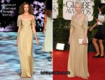 Helen Mirren In Badgley Mischka - 2011 Golden Globe Awards