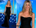 "Jennifer Aniston In Dolce & Gabbana - ""Just Go With It"" New York Premiere"
