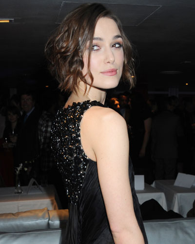 Keira Knightley Chanel Pearl Dress. Keira can do no wrong in