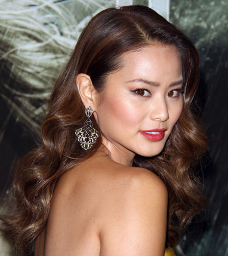 Look We Love: Jamie Chung's Sexy Loose Waves - Red Carpet ...