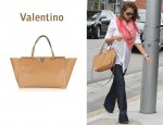 In Jessica Alba's Closet - Valentino Rockstud Leather Shoulder Bag