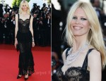 "Claudia Schiffer In Chanel Couture - 2011 Cannes Film Festival ""This Must Be The Place"" Premiere"