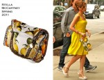 Sidewalk Style: Eva Mendes' Stella McCartney Clutch & Chloe Wedges