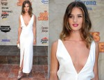 "Rosie Huntington-Whiteley In The Row - Spike TV's 5th Annual 2011 ""Guys Choice"" Awards"