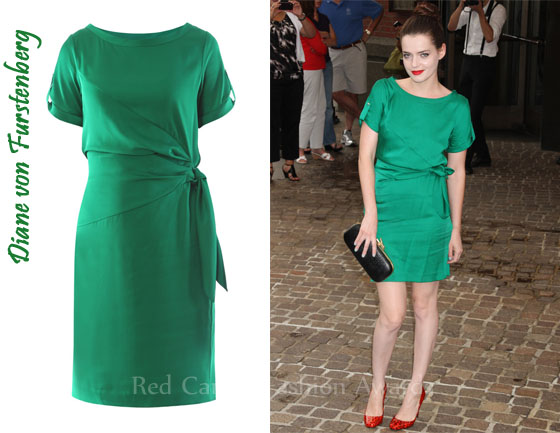 In Roxane Mesquida S Closet Diane Von Furstenberg Green Leron Dress