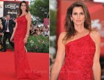 "Cindy Crawford In Roberto Cavalli - ""The Ides Of March"" Venice Film Festival Premiere"
