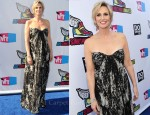Jane Lynch In Alexander McQueen - 2011 VH1 Do Something Awards