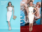 "Leslie Mann In Marchesa - ""The Change-Up"" LA Premiere"