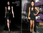 Selena Gomez In Julien Macdonald - 2011 MTV Video Music Awards
