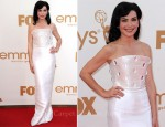 Julianna Margulies In Armani Privé - 2011 Emmy Awards