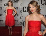 Taylor Swift In Porcelain  - CMT Artists Of The Year 2011