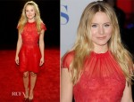 Kristen Bell In Valentino - 2012 People's Choice Awards