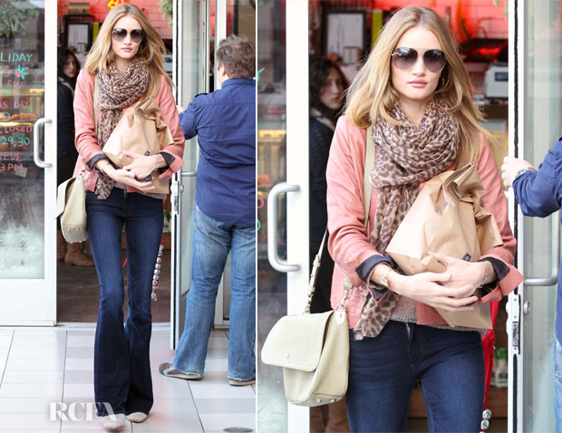 dd9dfbe68894 Sidewalk Style - Rosie Huntington-Whiteley s Mulberry Evelina ...