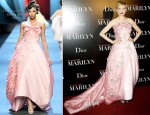 Michelle Williams In Christian Dior - 'My Week With Marilyn' Paris Premiere