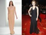 Scarlett Johansson In Calvin Klein - Goldene Kamera 2012