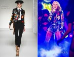 Kylie Minogue In Moschino - The Voice
