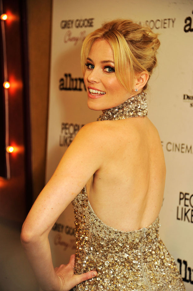 Elizabeth Banks in Elie Saab