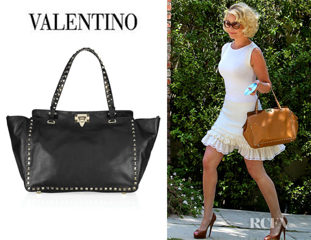 Who Katherine Heigl Carrying A Valentino Studded Leather Tote