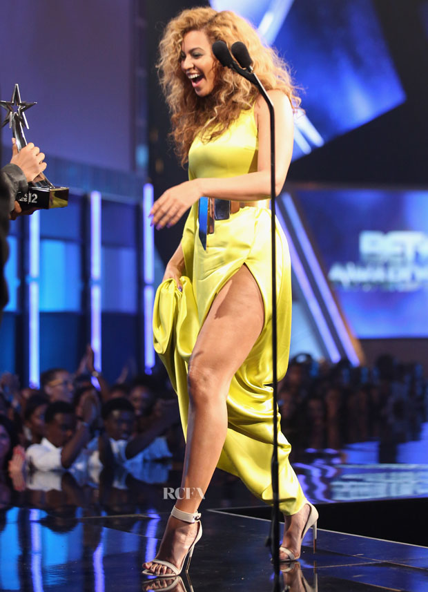 Beyonce Knowles 2012 Bet Awards Red Carpet Fashion Awards