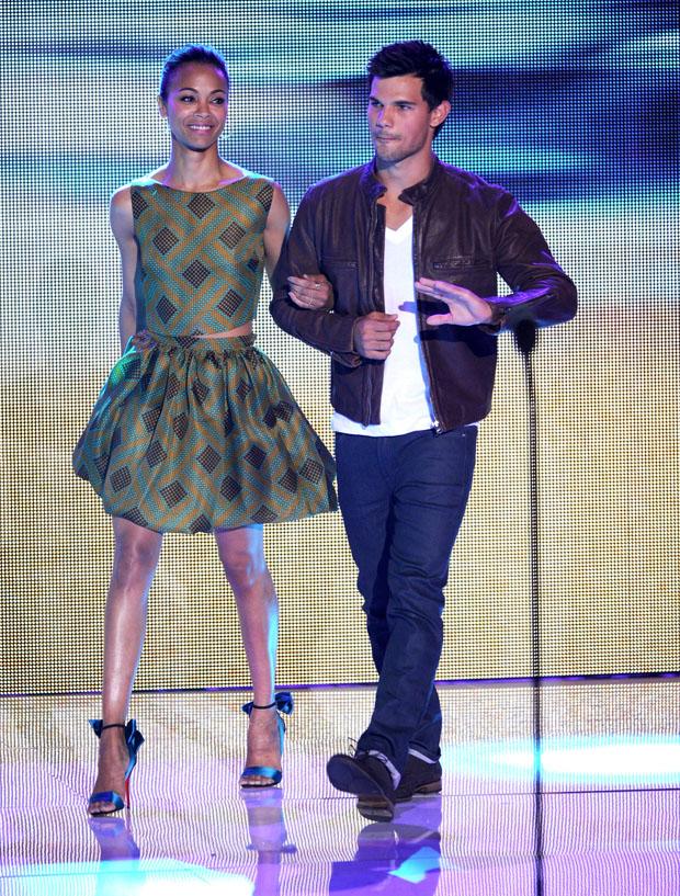Zoe Saldana in Jonathan Saunders