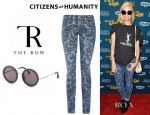 Jaime King's Citizens of Humanity Avedon Morris Paisley Jeans And The Row Round Sunglasses