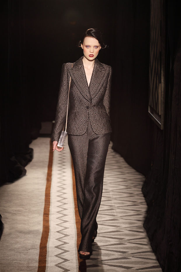 Nicholas Oakwell Fall 2012 Couture