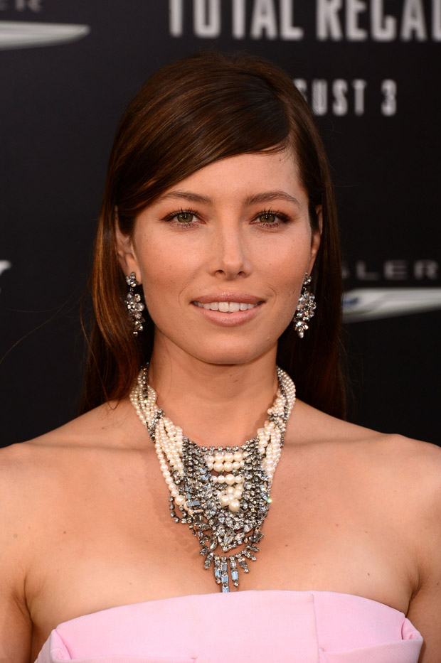 Jessica Biel in Christian Dior Couture