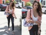 Jessica Alba In Finders Keepers - Out In LA