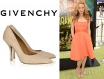 Leslie Mann's Givenchy Pumps