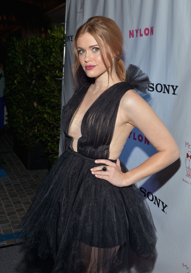 Holland Roden in Maria Lucia Hohan