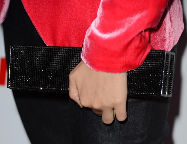 Victoria Justice's clutch