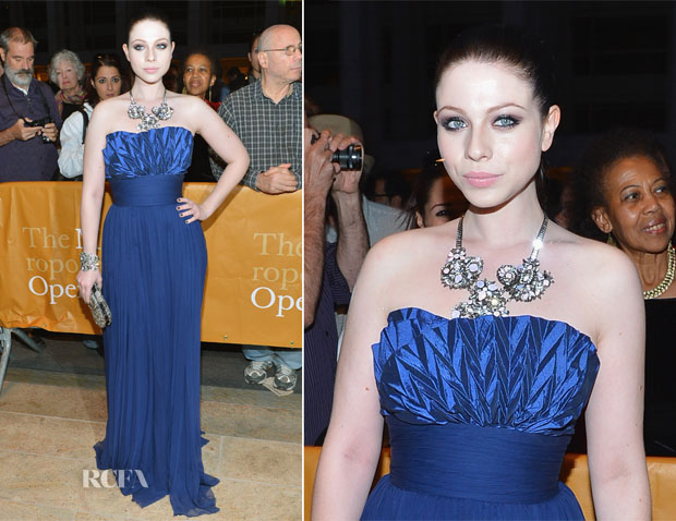 Michelle Trachtenberg In Notte by Marchesa - 2012 Metropolitan Opera Season Opening Night