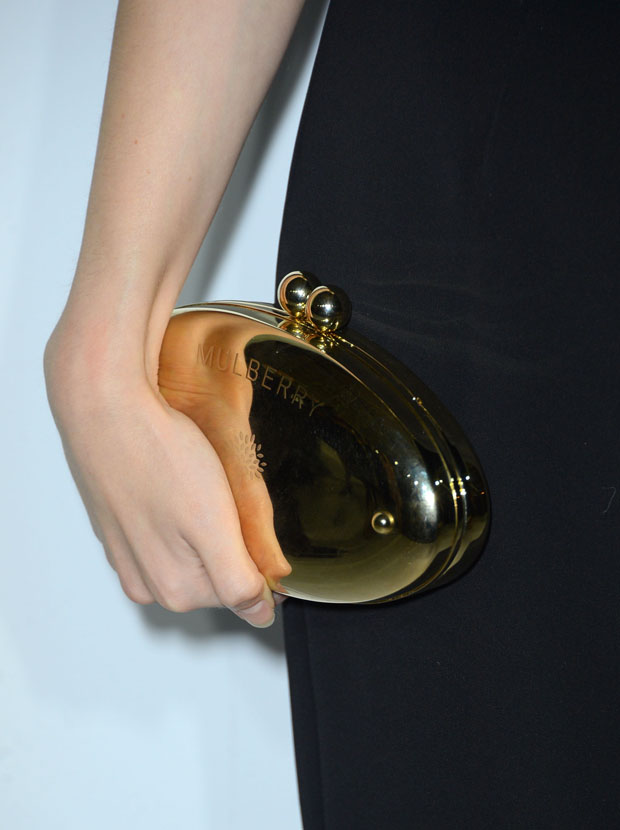 Anna Kendrick's Mulberry clutch
