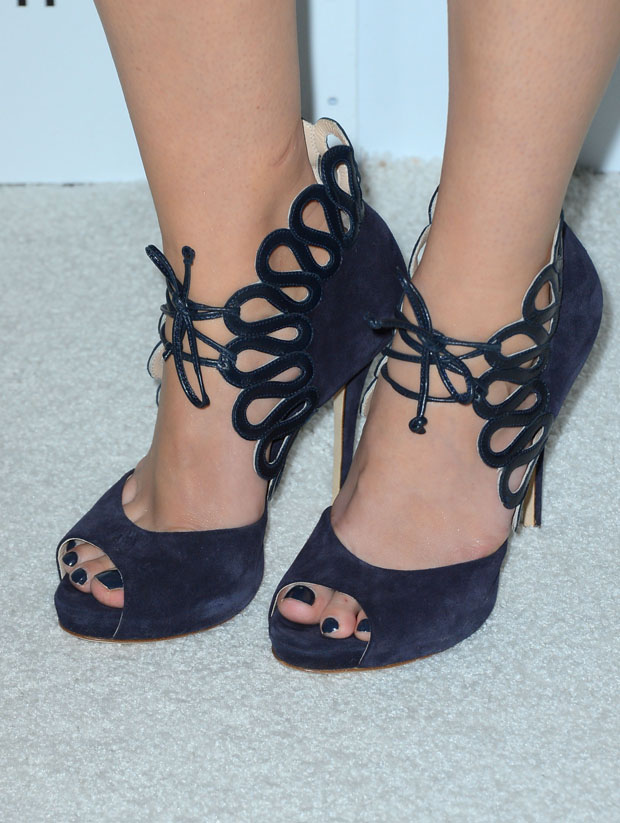 Mary Elizabeth Winstead's Monique Lhuillier shoes