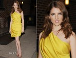 Anna Kendrick In Halston Heritage - Late Show with David Letterman