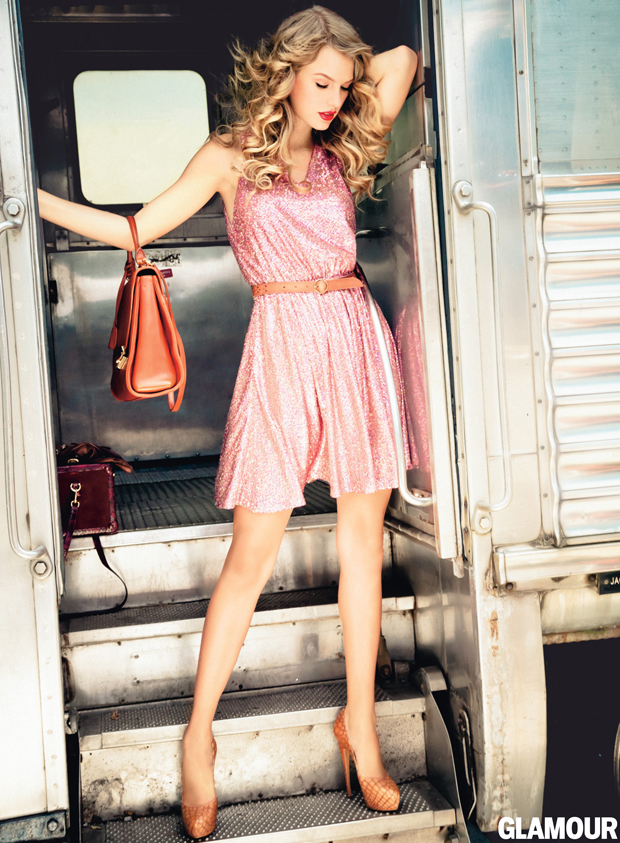 Erin by Erin Fetherston dress, vintage belt, Mark Cross satchel andCasadei pumps.