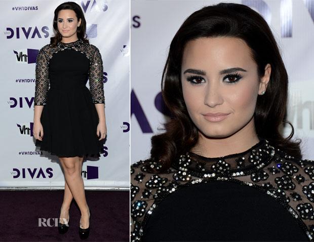 Demi Lovato In Tosphop - VH1 Divas 2012