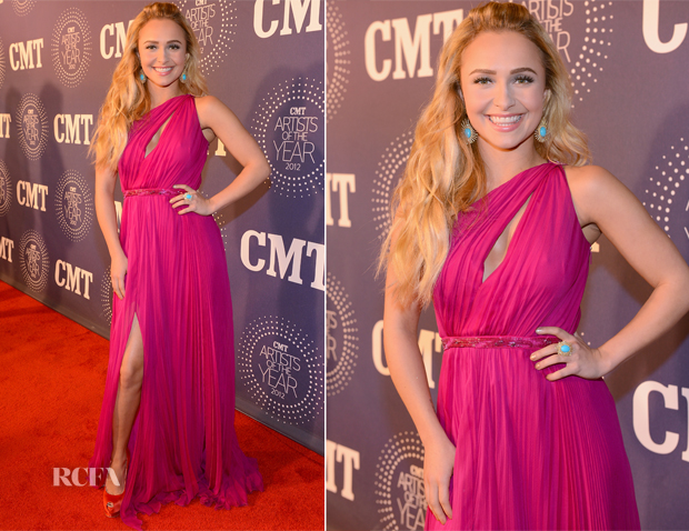 Hayden Panettiere In Roberto Cavalli - 2012 CMT Artists Of The Year